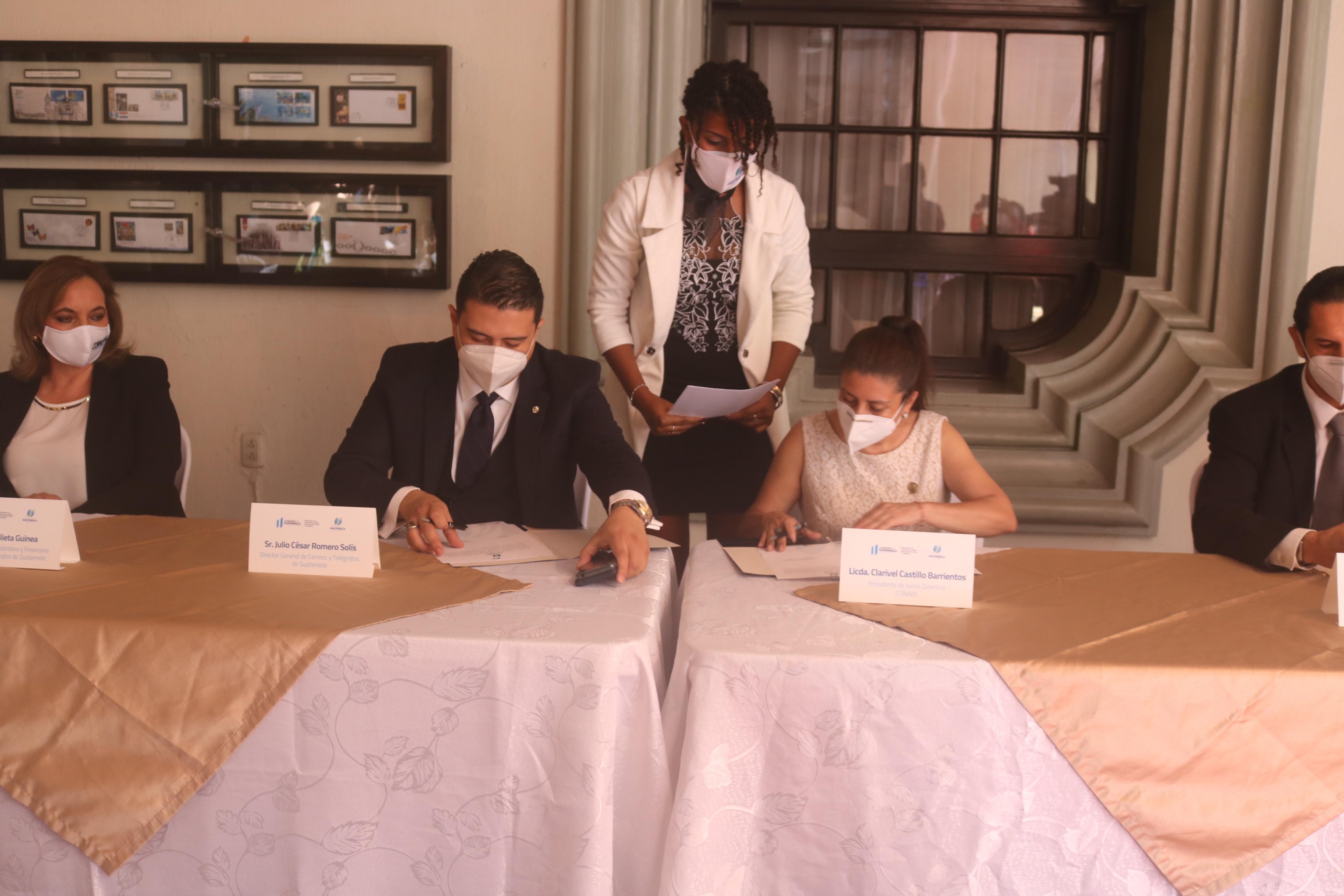 CONADI y Correos y Telégrafos de Guatemala firman convenio para brindar mejor atención a Personas con Discapacidad